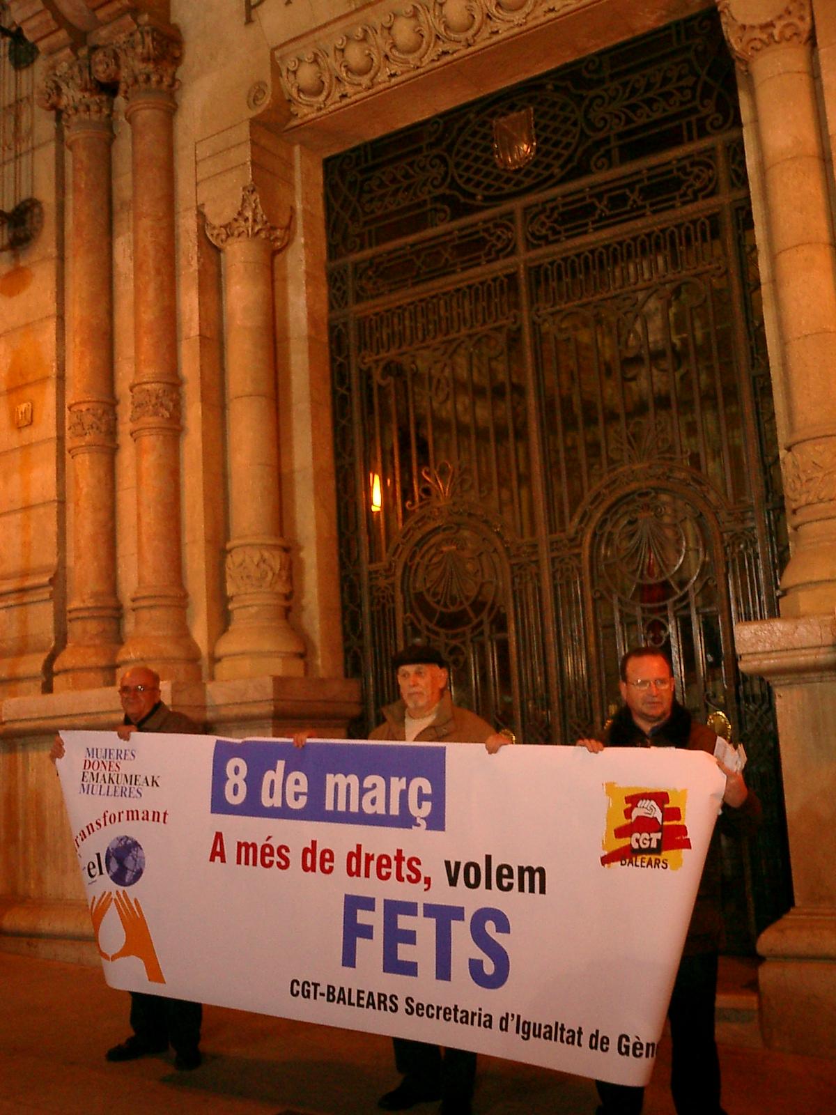 CIUTAT 2005 DIA DE LA DONA 050308 (2).JPG,  bytes